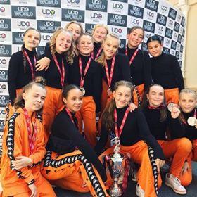 Hip hop dansere fra Aarhus Sportsdanserforening vinder sølvmedaljer ved VM